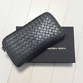 Bottega Venetaの折り財布