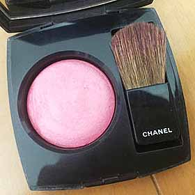 CHANELのチーク
