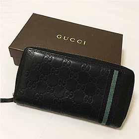 Gucciの折り財布