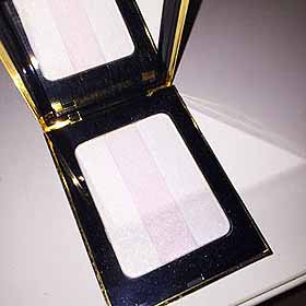 Yves Saint Laurent Beauteのフェイスカラー