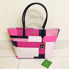 kate spade new yorkのトートバッグ